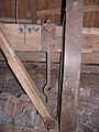 Molen De Hoop, Zierikzee vangbalk achterste hanger haak.jpg