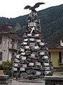 Monumento ai caduti a Vanzone 02.jpg