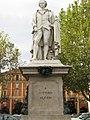Monumento celebrativo all'Alfieri.jpg