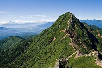 Yatsugatake Mountains - Image: Mt.Akadake from Mt.Yokodake 06