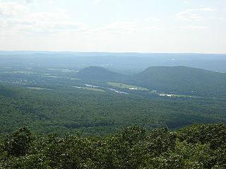 Sugarloaf Mountain (Massachusetts)