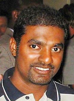 MuralitharanBust2004IMG.JPG