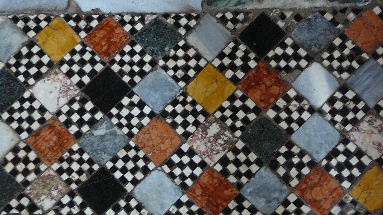 Murano - Pavement en damier.jpg
