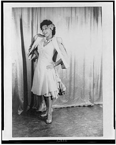 Portrait of Muriel Rahn in the title role in the 1943 original Broadway production of Carmen Jones