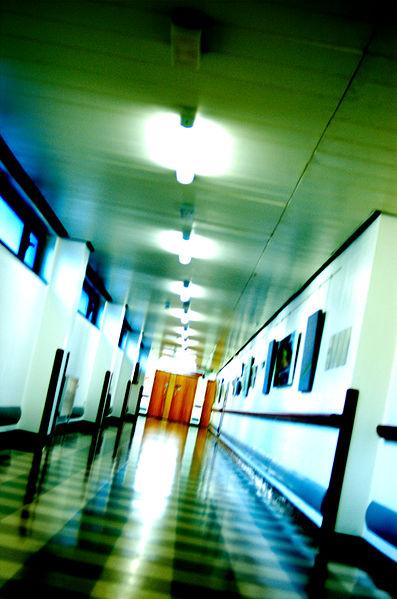 File:Musgrove Park Hospital corridor.jpg