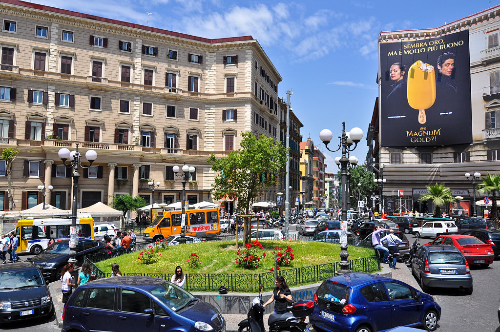 Piazza Vanvitelli dans le quartier du Vomero à Naples - Photo de Armando Mancini