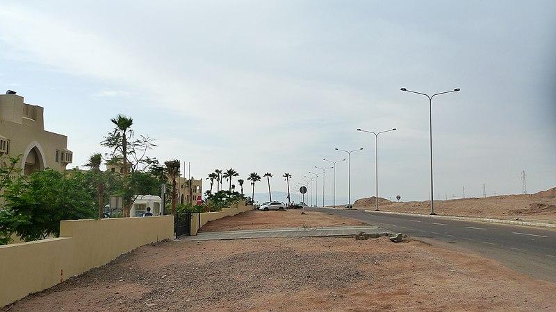 File:Near Marina Plaza Hotel Tala Bay, Aqaba - panoramio.jpg
