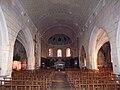 Nef et choeur - église de Montfort-en-Chalosse.JPG