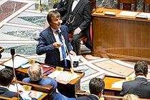 Nicolas Hulot, ex-star de TF1, a déjà eu son affaire publique de viol... dans Corruption 220px-Nicolas_Hulot_-_Assembl%C3%A9e_nationale_%2846824158344%29