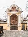 Nischenkapelle im Friedhof.jpg