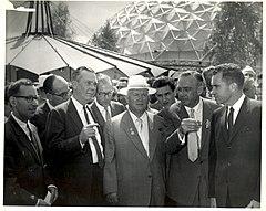 Nixon und Chruschtschow (46792026815).jpg