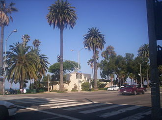 Ocean Avenue (Santa Monica) - Ocean Avenue facing northwest