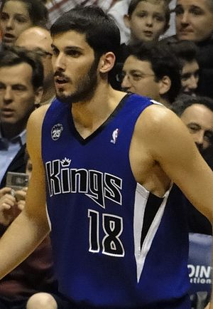Omri Casspi - Casspi with the Kings in 2009