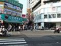 On Taiping Road near Yizhong Street, Taichung.jpg