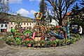 Osterbrunnen mit Osterkrone Berga Elster 2H1A5992WI.jpg
