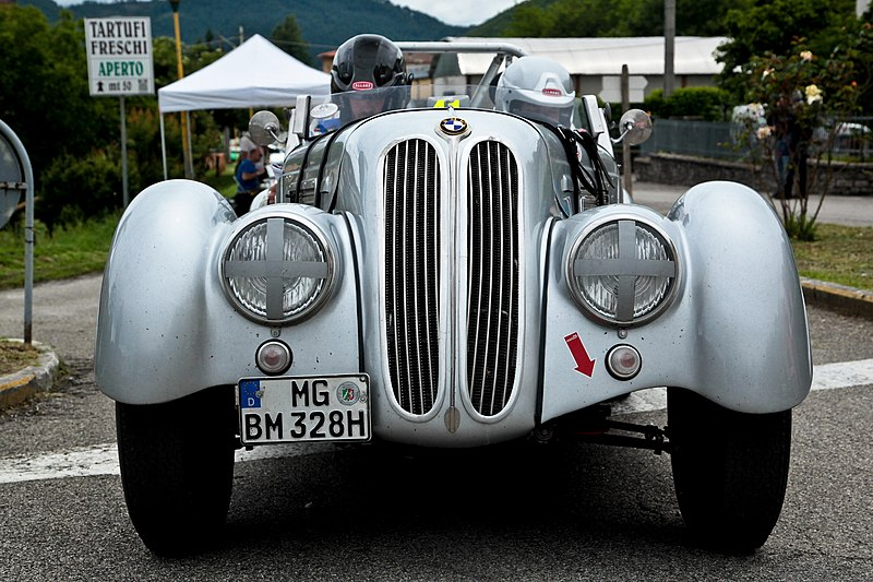 File:Otten DE Billesfeld DE Scuderia Carolus Magnus Bmw 328 Roadster 1939 (27455119060).jpg
