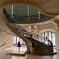 P1130884 Paris VIII Petit-Palais escalier rwk.jpg