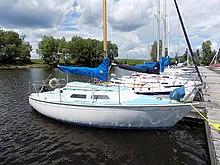 220px-Paceship_PY23_sailboat_0716.jpg
