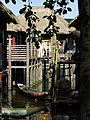 Pairi Daiza Village lacustre.JPG