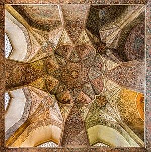 Palacio Hasht Behesht, Isfahán, Irán, 2016-09-20, DD 78-80 HDR.jpg