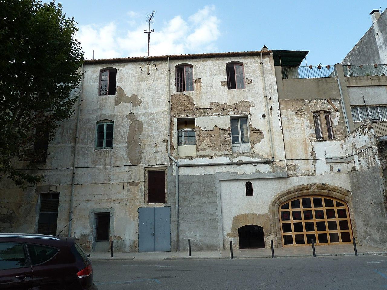 File palau dels requesens molins de rei 1 jpg wikimedia - Casa en molins de rei ...