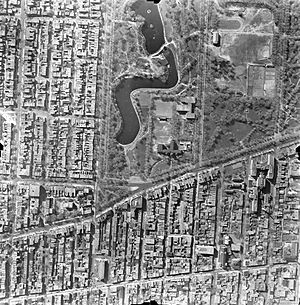 La Fontaine Park - An aerial view of La Fontaine Park in 1947.