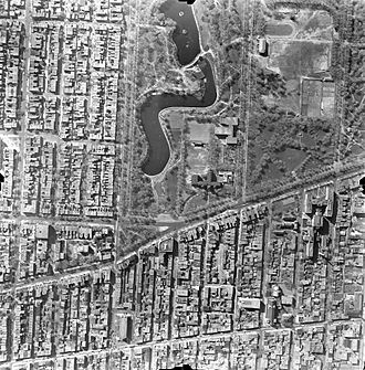 La Fontaine Park - An aerial view of La Fontaine Park in 1947.