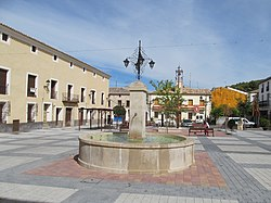 Pareja-10 Plaza de la Constitución.jpg