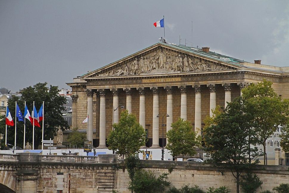 Paris-Assemblee nationale-106-Palais Bourbon nord-2017-gje