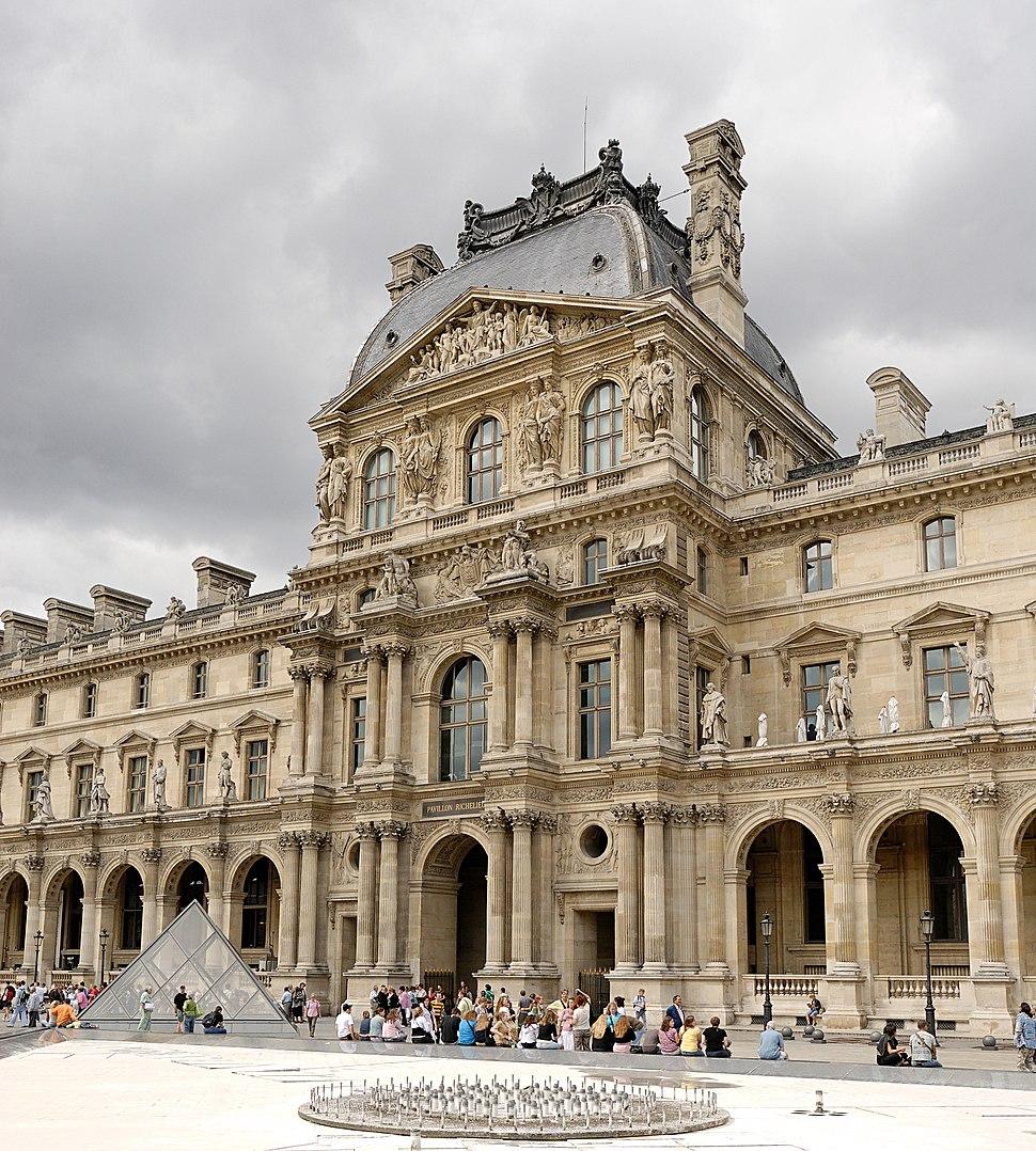 Pavillon Richelieu Louvre 2007 06 23