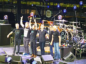 Pearl Jam New York 2016 02.JPG