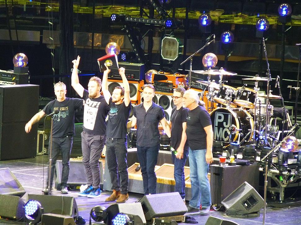 Pearl Jam New York 2016 02