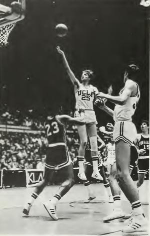 Pete Trgovich - Trgovich (No. 25) with UCLA in 1972–73