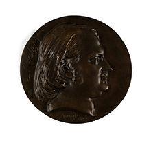 Profil av et manns hode som ser mot venstre