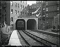 Portal, Beacon Hill tunnel, March 1912.jpg
