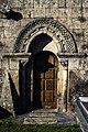 Portal sur da igrexa de Xuvencos.jpg