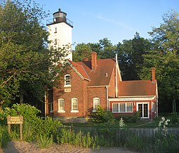 Presque Isle Lighthouse 2.jpg