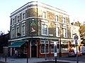 Queen Victoria, Bermondsey, SE16 (3051893173).jpg