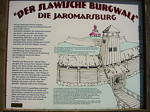 Jaromarsburg - Information board with a depiction of the castle
