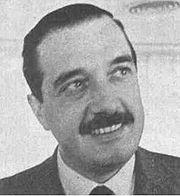 Alfonsín en 1971, organizando el Movimiento de Renovación y Cambio