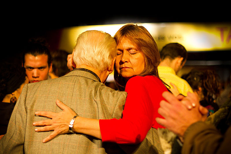 File:Raúl Lavié cerró el Festival de Tango (7873575080).jpg