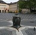 Rathausplatz und Rathaus - panoramio.jpg