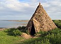 Reconstructed Mesolithic round-house - geograph.org.uk - 1091110.jpg
