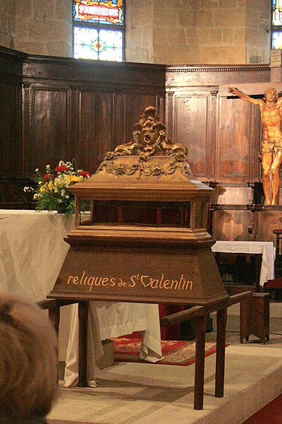 Fichier:Reliques de saint Valentin à Roquemaure.jpg