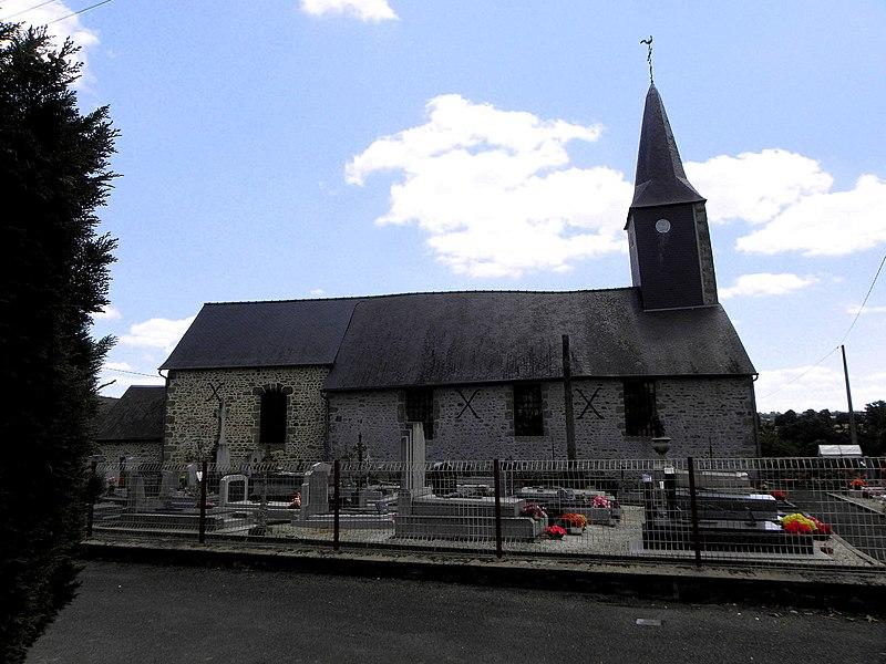 Église Saint-Pierre de Rennes-en-Grenouilles (53).