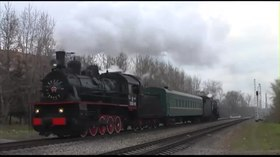 Файл:Retro-train Moscow Eu-683-89 + L-3653 20131102.webm