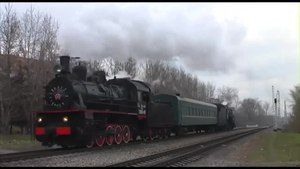 File:Retro-train Moscow Eu-683-89 + L-3653 20131102.webm