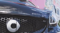 File:Review Smart Fortwo Electric Drive - by Autovisie TV.webm