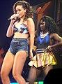 Rihanna - bercy 2011 - 50 (6269076883).jpg