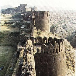 Rohtas Fort battlements.jpg